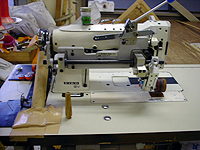 最新鋭のセイコー厚物用2本針ミシン先引きローラー付